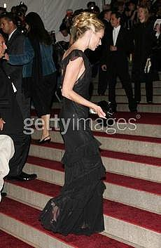 Katemoss2_costumegala2007