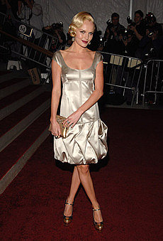 Kate_costumegala2007