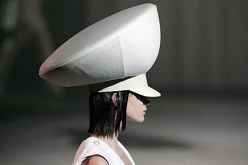Givenchy_hcss07_cap