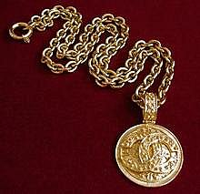 Chanelcoinnecklace950_1