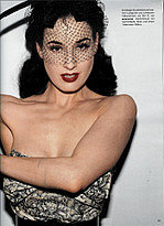 Dita2_vogueger0506